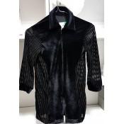 Dryžuoti juodi marškiniai, 158-164 d.