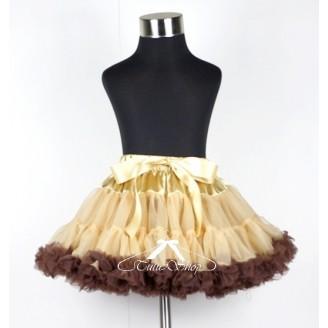 Šampano spalvos sijonas su rudais raukinukais