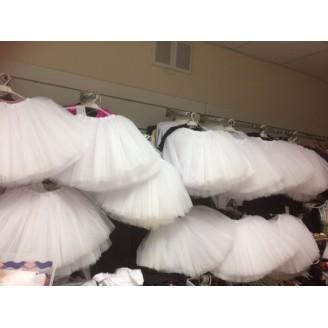 Baltas tutu tiulio sijonas